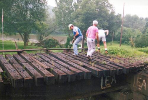 1994 July Industry Jennings Run Bridge Volunteers 0003 a