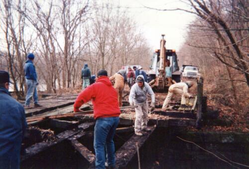 1996 November Browneller Bridge Volunteer Const 0006 a