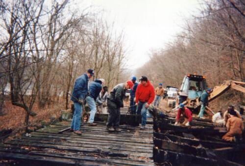 1996 November Browneller Bridge Volunteer Const 0008 a