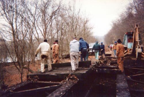 1996 November Browneller Bridge Volunteer Const 0015 a