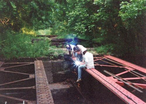 1997 July Browneller Bridge Volunteer Const 2 0010 a