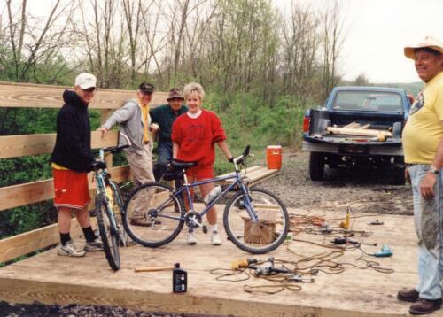1998 April Campbells Run Bridge Volunteer Const 0021 a