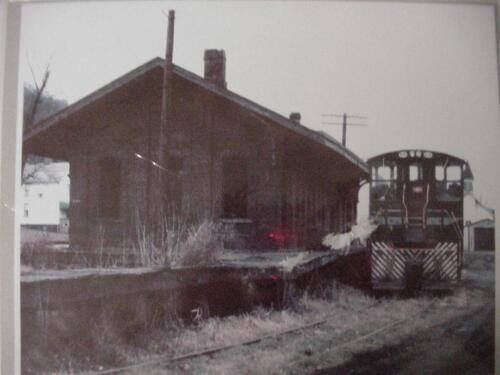 2001 - West Newton Visitor Center-43