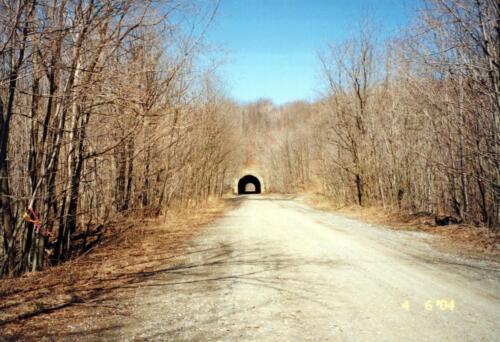 2004 Borden Tunnel Pre-Const 0002 a